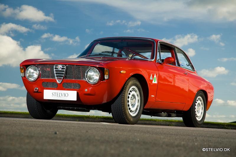 Pirelli  Mission Geneva  Alfa Romeo Giulia Forum